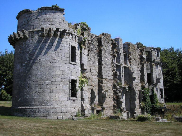 cleder-chateau-de-kergounadeac-h