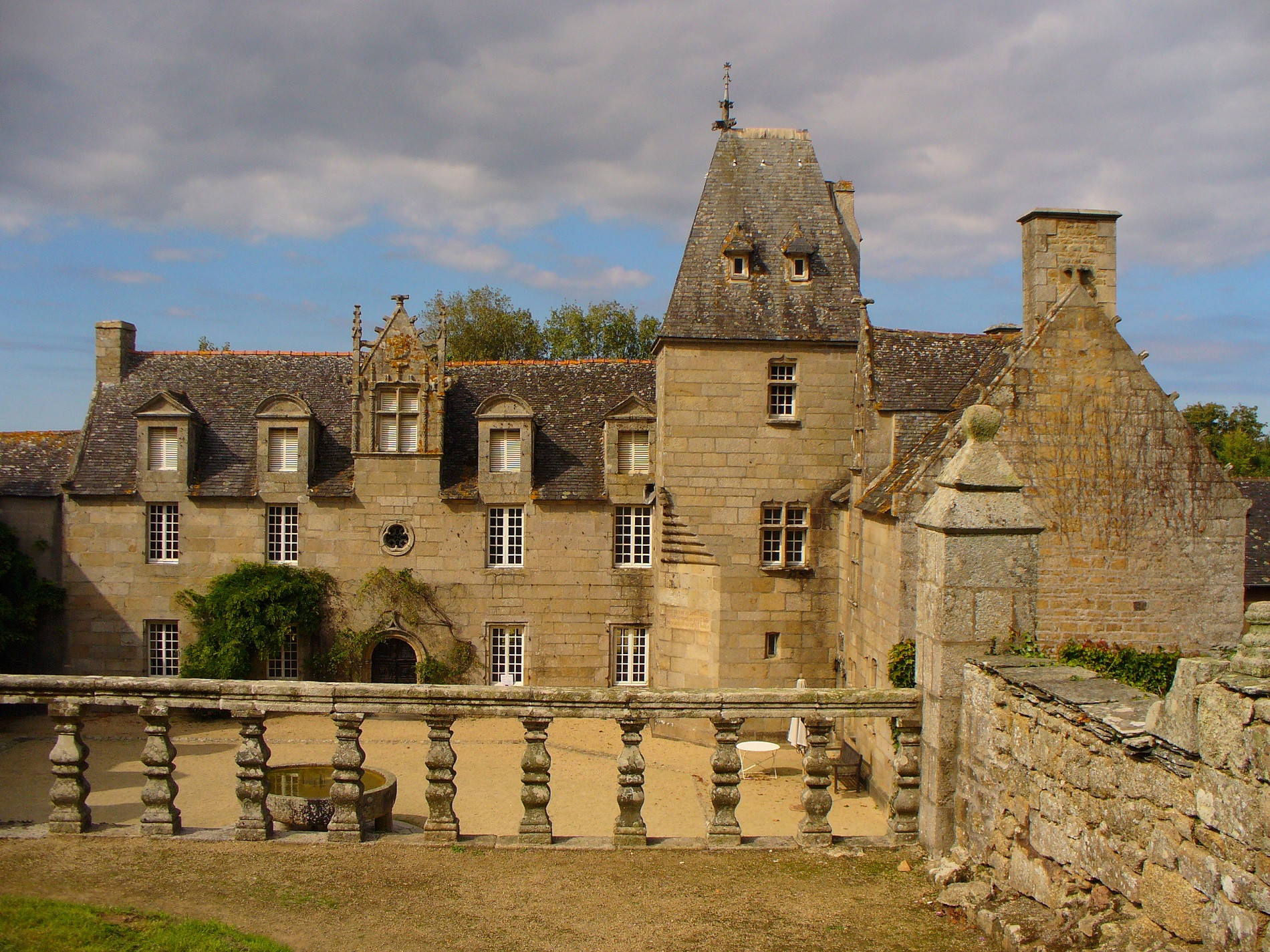 Manoir de Tronjoly