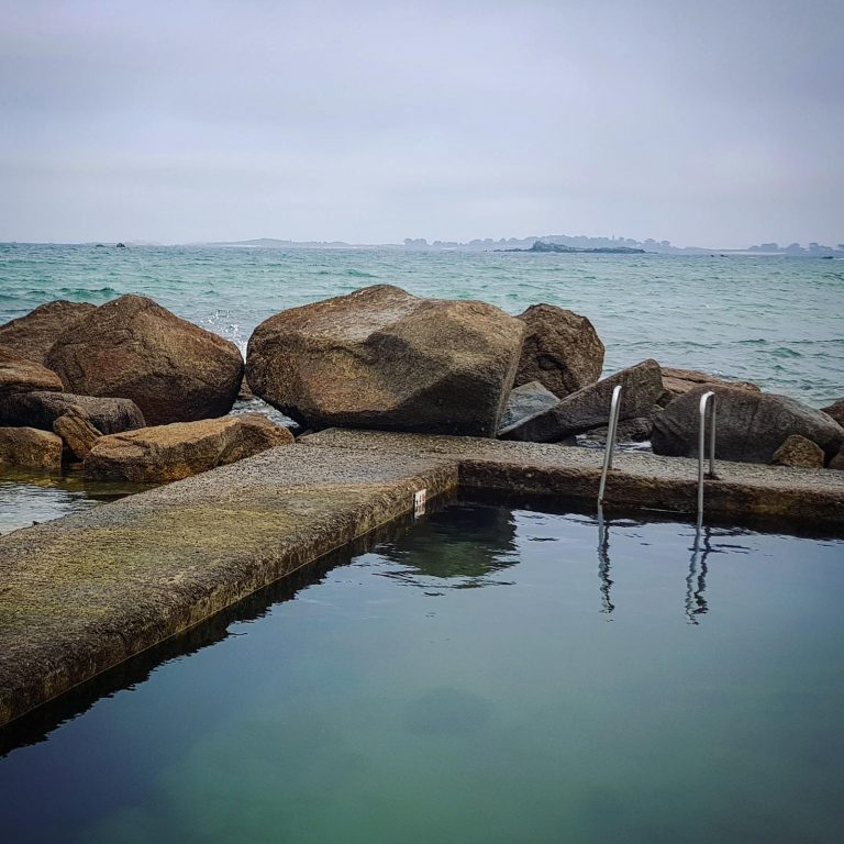 Piscine d'eau de mer de la plage Sainte-Anne